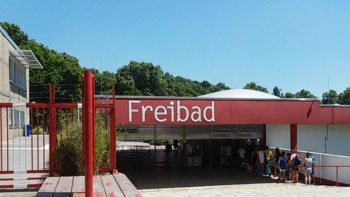 Freibad entrance